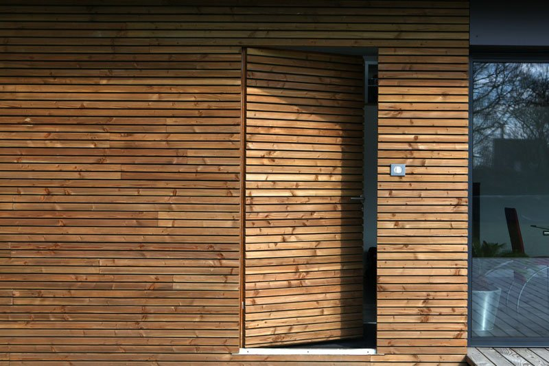 Kerloulou for Porte bois exterieur jardin